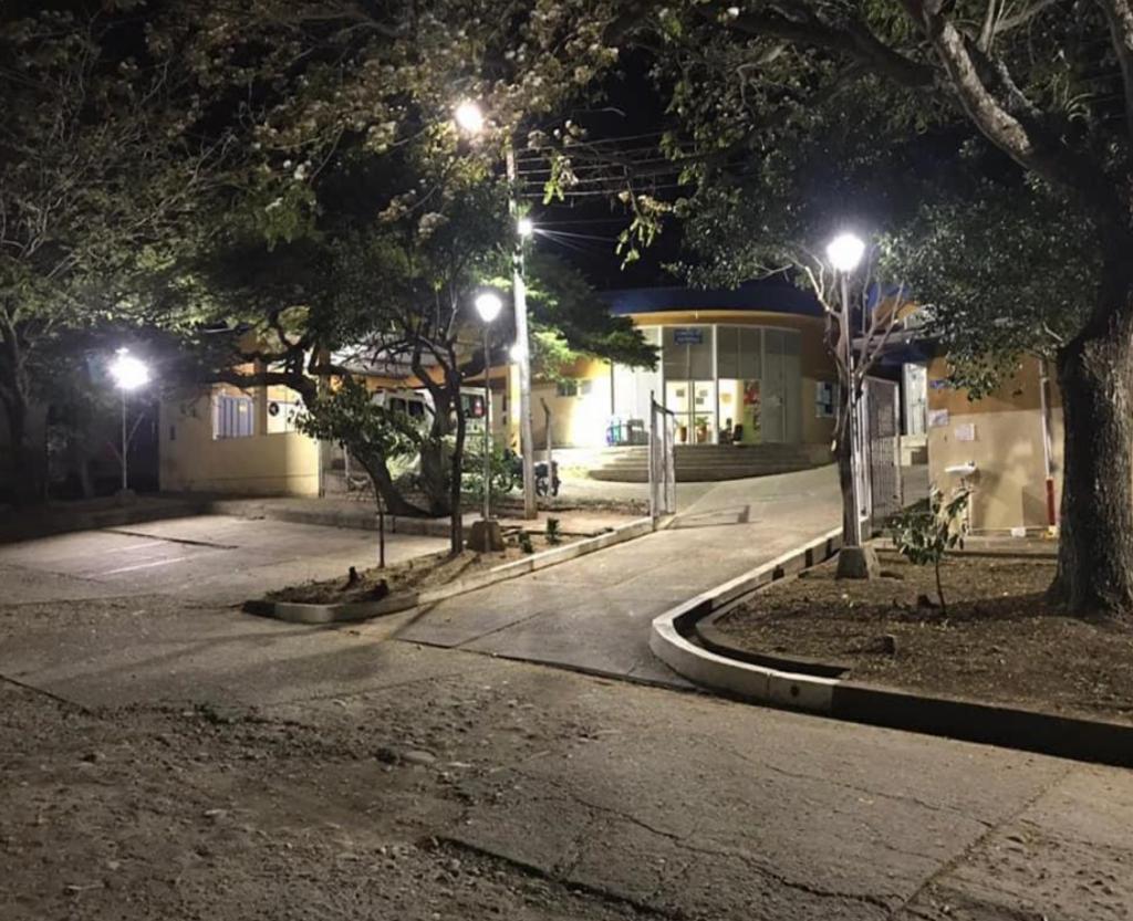 Enfrentamientos armados en hospital del municipio de Colombia en el Huila. - Noticias de Colombia