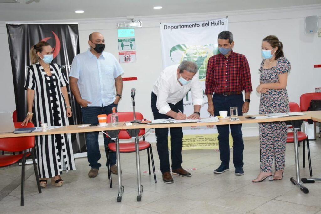 Empresarios del Huila ahorrarán trámites en liquidación y pago del impuesto de Registro - Noticias de Colombia