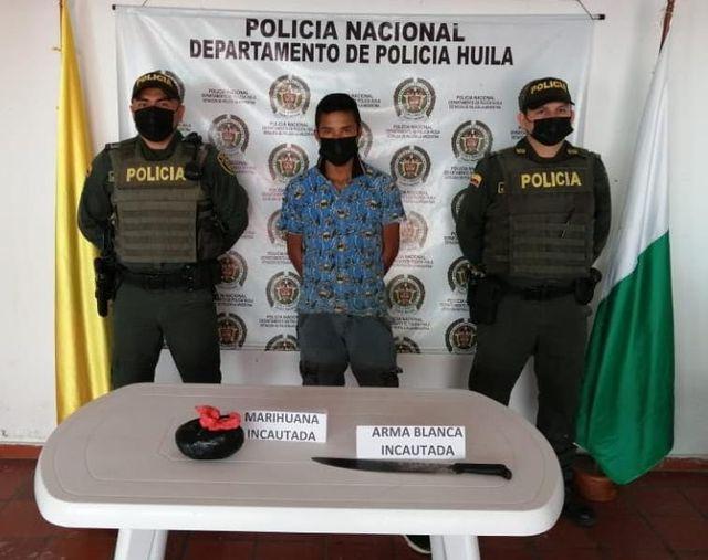Expendedor de marihuana agredió policía con un machete. - Noticias de Colombia